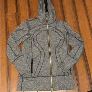 New lululemon hooded jacket